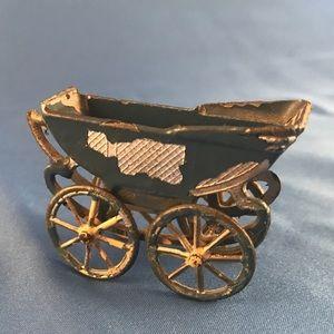 1920's Tootsietoy Buggy/Pram Figurine